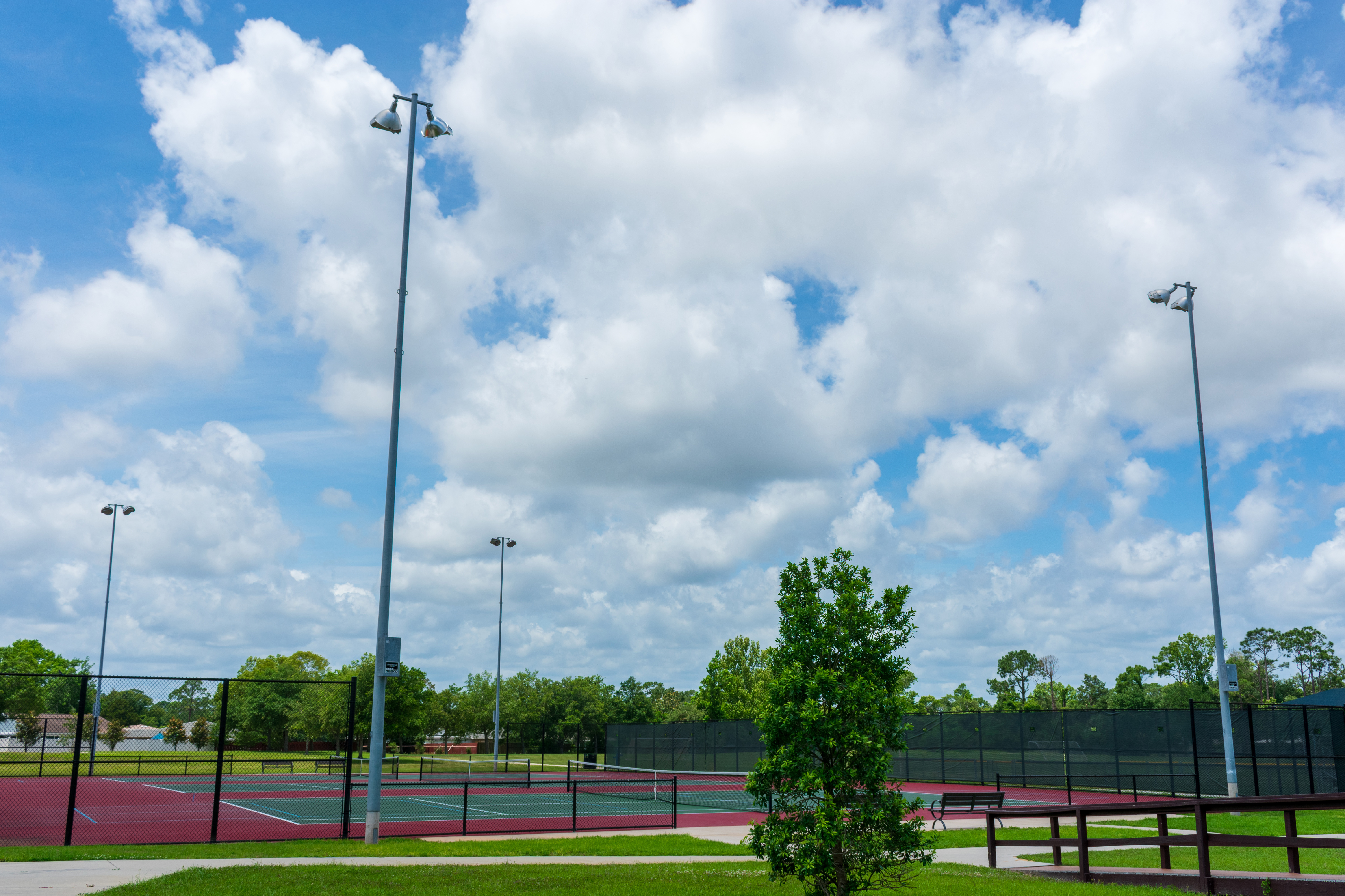 tennis court to get new LED lighting